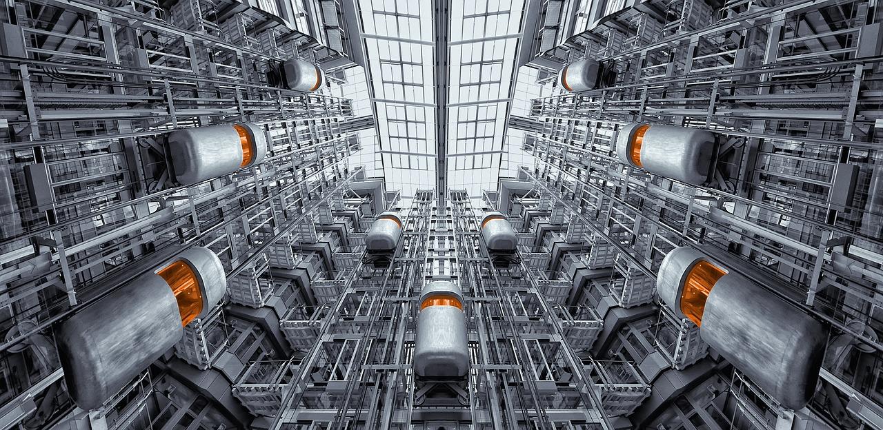 מפעל עם מעליות