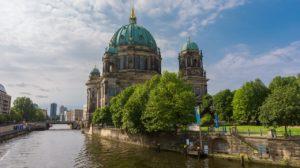 ברצלונה או ברלין?